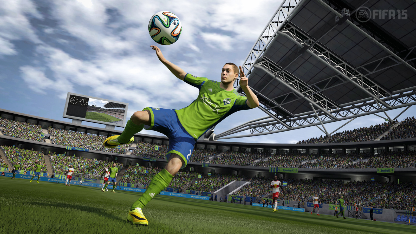 FIFA 15 Review - Back on the Pitch