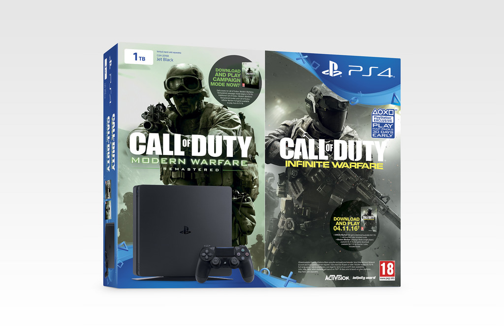 Call of Duty PS4 Slim Bundle